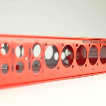 Pločevinasta prednja plošča za HI FI elektronske naprave